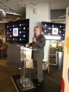 Mayor Lee Leffingwell, donning a pair of Google glasses, announced Capital Factory as a Google Tech Hub