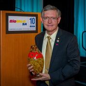 William Moerner, San Antonio native and 2014 Nobel Prize Winner in Chemistry and recipient of the 10th annual BioMed SA Julio Palmaz Award .  Courtesy Photo.