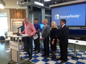 Brian Sharples, CEO of HomeAway with supporters of the short-term rental industry in Austin.